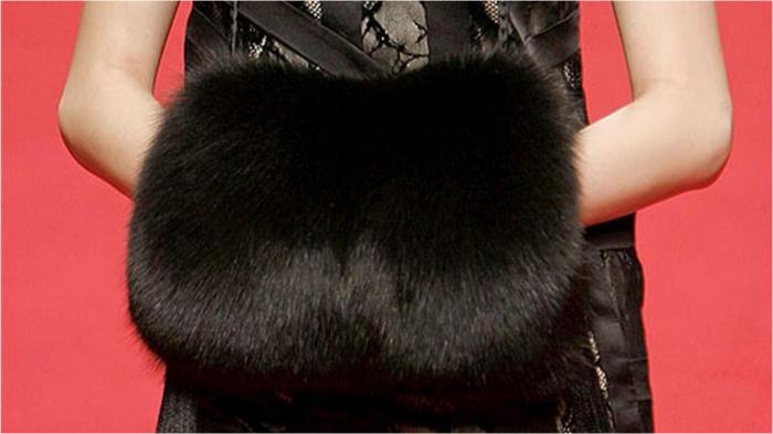 Муфта – альтернатива перчаткам и рукавицам.
