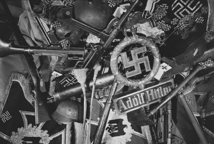 Груда немецких трофеев. | Фото: LiveJournal.