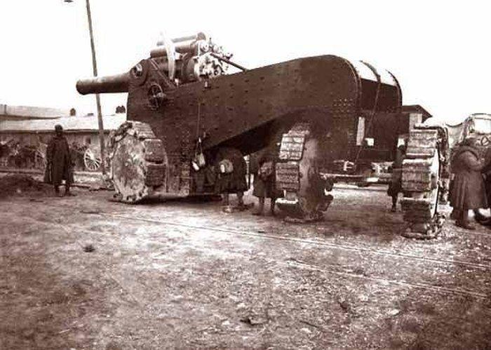 Итальянский танк времен Первой мировой войны.