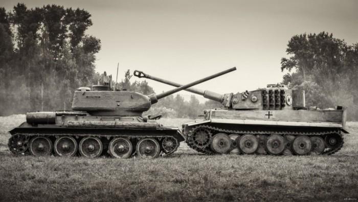 Т-34 против «Пантера». | Фото: cloudarticles.info.