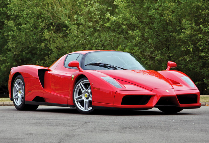 F60 Enzo 2002 года. | Фото: yandex.kz.