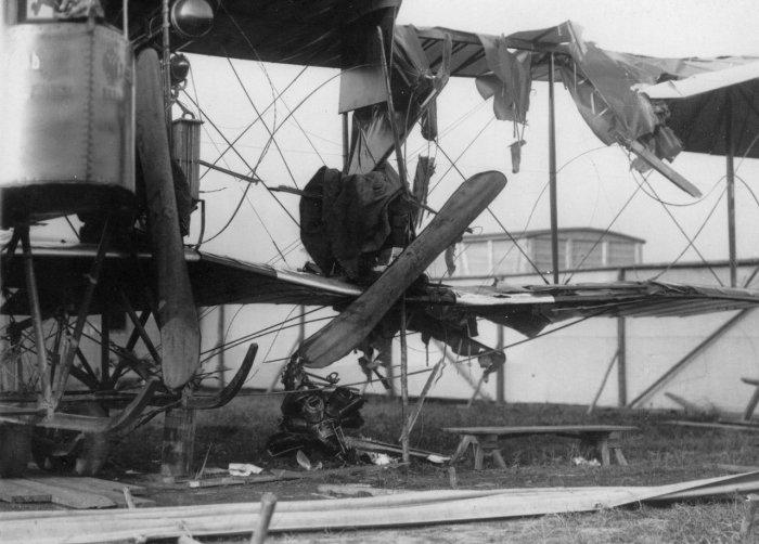 Мотор от самолета Габер-Волынского, повредивший «Русский Витязь»