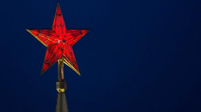 Рубиновые звезды Кремля. | Фото: Russia Beyond.