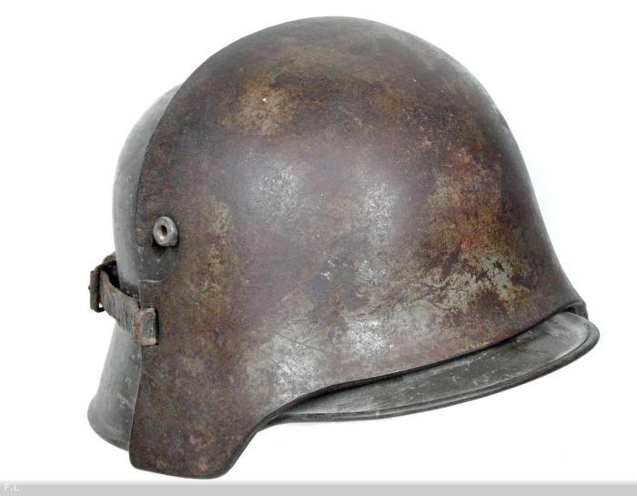 Шлем американского десантника. | Фото: Историческая правда.