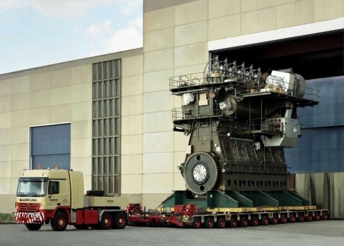 Судовой двигатель Wartsila-Sulzer RTA96-C. | Фото: Википедия.