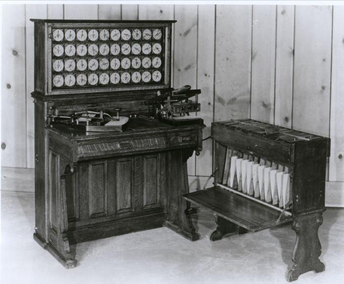 Табуляторы — основной продукт компании в первое время.