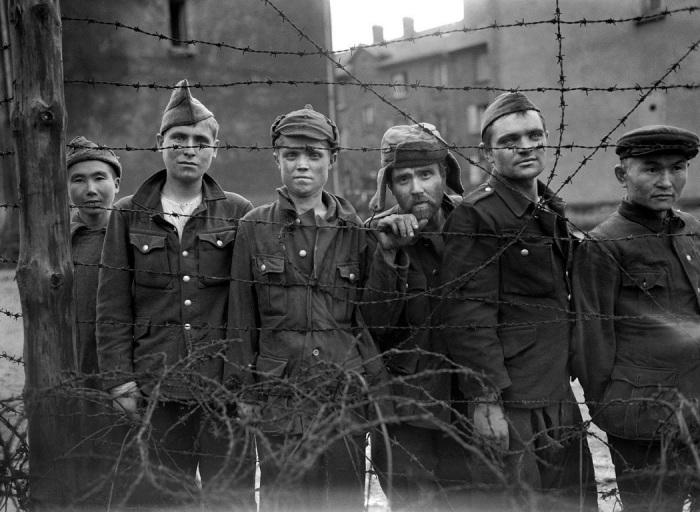 Всех пленных после освобождения отправляли в ГУЛАГ. | Фото: pikabu.