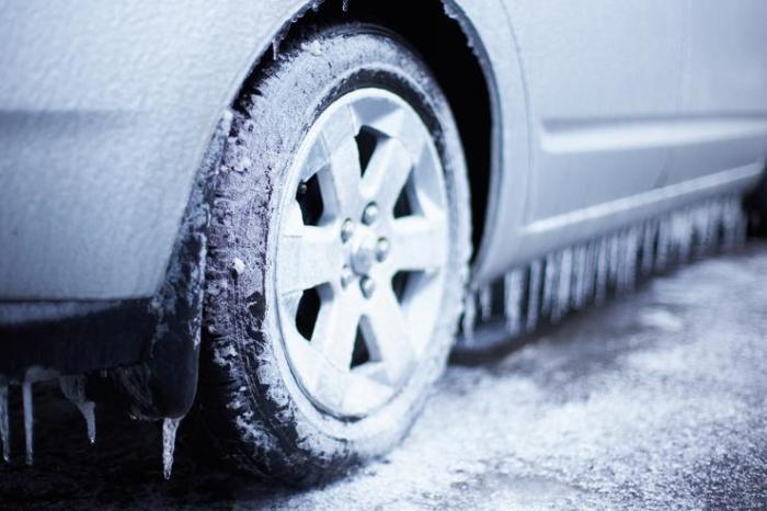 Шины не выдерживали мороза. | Фото: АвтоВзгляд.