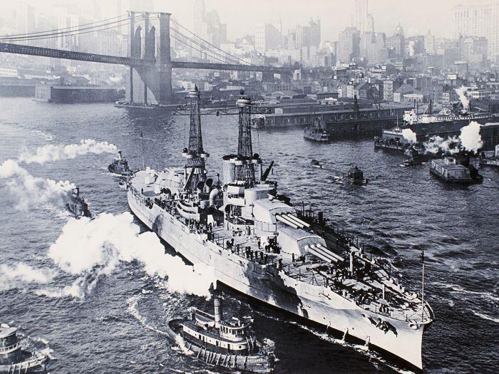 «USS Arizona»| Фото: Pinterest.