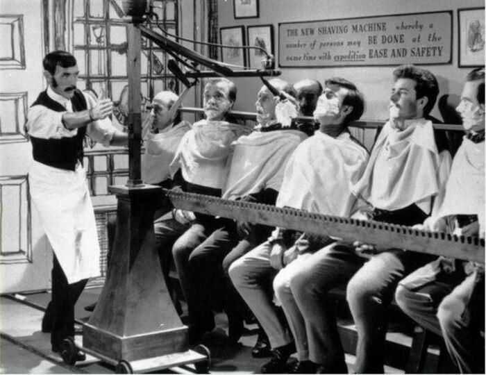 Аппарат для группового бритья. | Фото: LiveJournal.