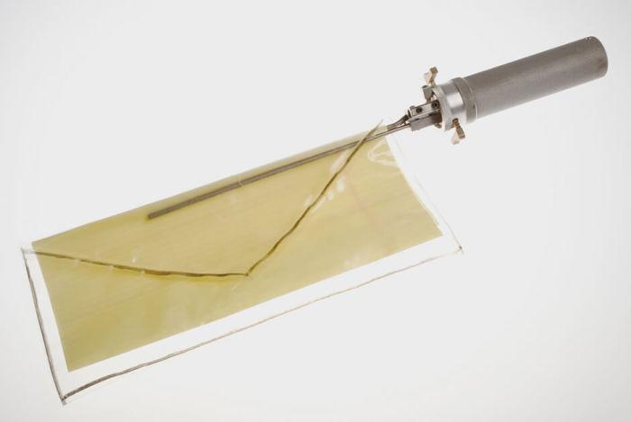 Приспособление для вскрытия конвертов| Фото: MANSDEN.
