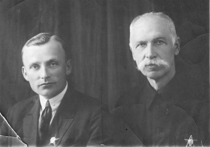 Георгий Шпагин (Слева) и Федор Токарев. | Фото: Знаменитые оружейники.