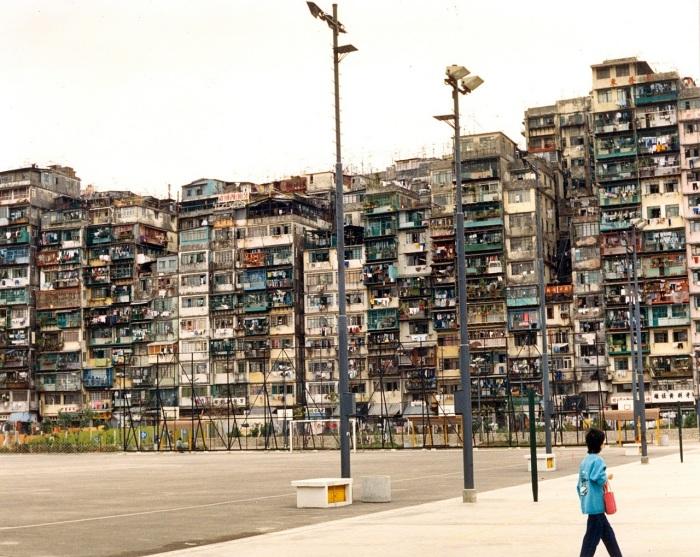 Город быстро разросся. | Фото: pikabu.ru.