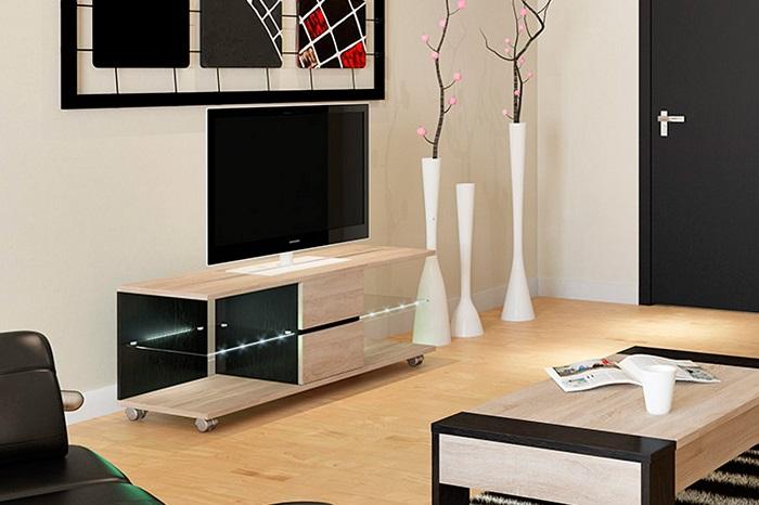 Если в комнате есть место, можно купить специальную тумбу под телевизор. / Фото: nadoremont.com