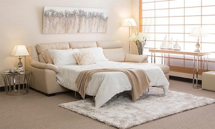 Диван-кровать существенно сэкономит место в комнате. / Фото: gutermebel.com