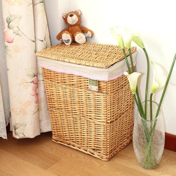 Плетеные корзины могут стать изюминкой в интерьере. / Фото: highlightsmarketingcompany.info