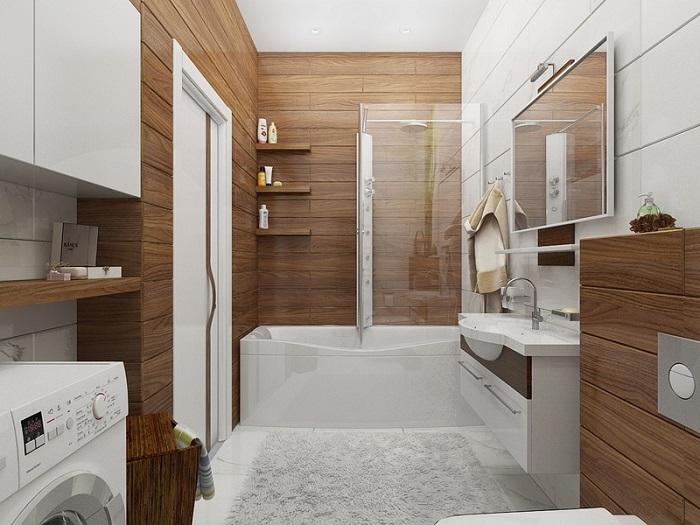 Оформление ванной комнаты плиткой под дерево. /Фото: remkasam.ru