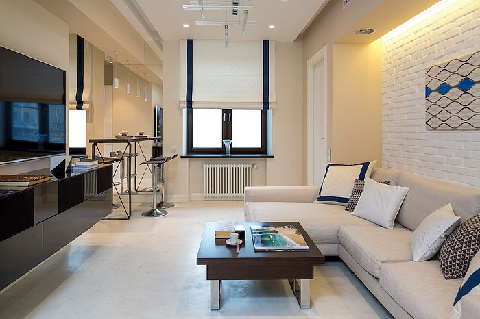 В квартире должно быть много свободного места и функциональной мебели. / Фото: roomidea.ru