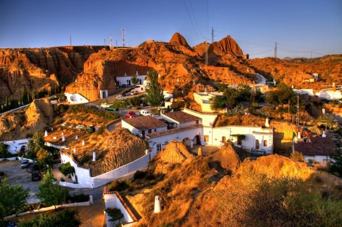 Cuevas Pedro Antonio de Alarcon поможет окунутся в недра истории | Фото: booking.com