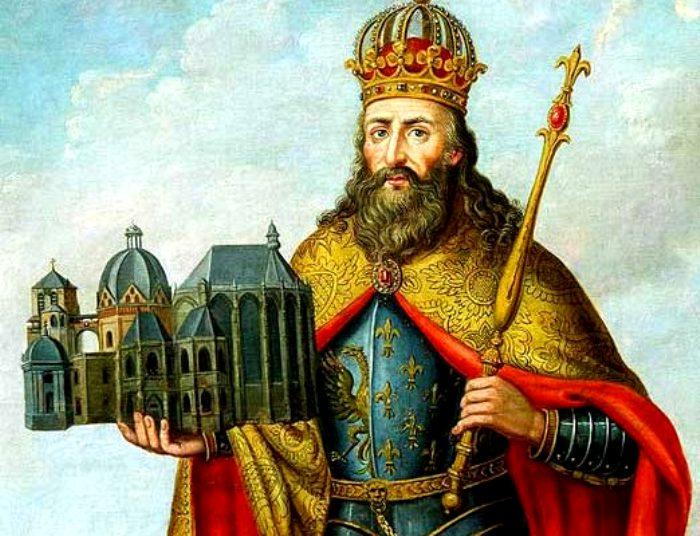 Карл Великий очень ценил мечи Ульфберта. /Фото: ruspekh.ru