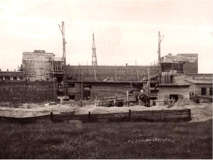 Строительство высоковольтного корпуса. /Фото: museum.spbstu.ru