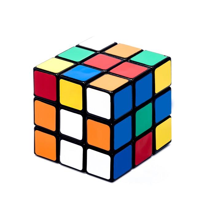 Кубик Рубика...действительно кубик. /Фото: medium.com