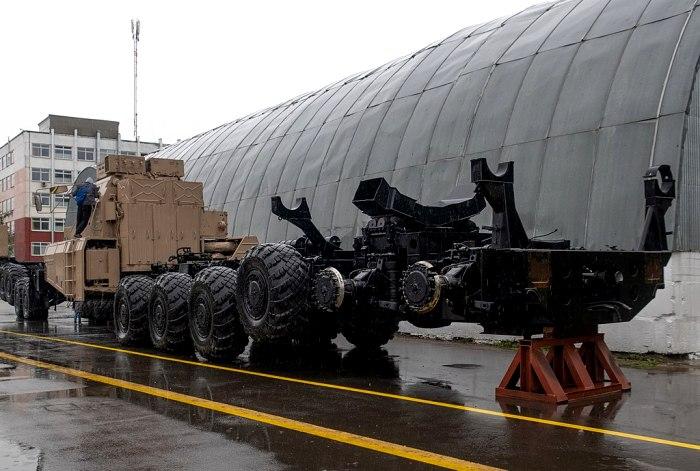 МАЗ-7907, вид сзади. 2019 год. /Фото: wikipedia.org