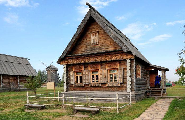 Русская изба, Владимирская область, 2-я половина 19 века. /Фото: wikipedia.org