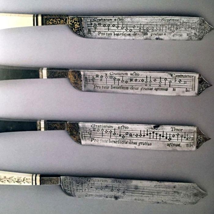 Такой нож был у каждого истинного католика. /Фото: reddit.com