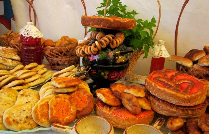 Пирогов мы, конечно, можем поесть, но таких, как в 19 веке - уже вряд ли. /Фото: 72tv.ru