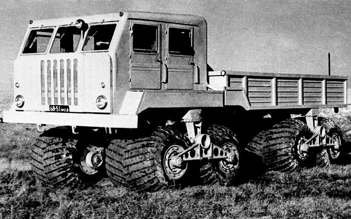 5 советских вездеходов, которые не нуждались в асфальте и могли играючи пройти по бездорожью