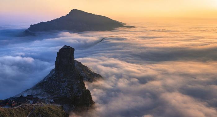 Вид с горы открывается прекрасный. /Фото: batona.net