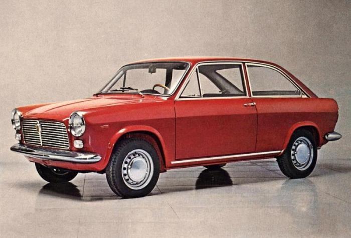Первый итальянский автомобиль с передним приводом. /Фото: auto.vercity.ru