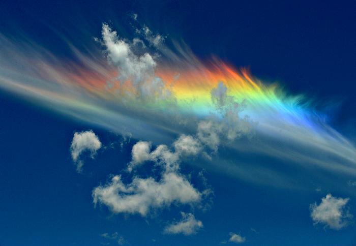 Редкий, но очень красивый феномен. /Фото: funart.pro