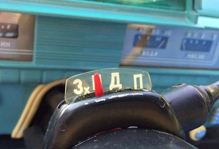 АКПП на советских автомобилях массово так и не внедрили. /Фото: avtomobili-retro.ru