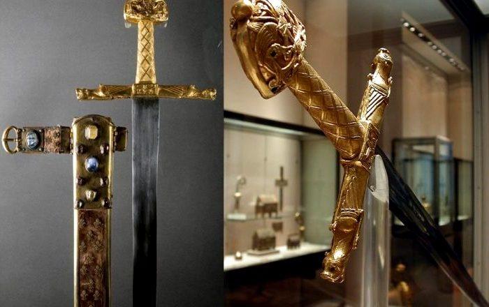 Легендарный меч Карла Великого. /Фото: insajderi.com