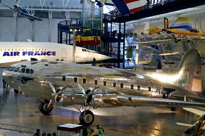 Единственный сохранившийся Boeing 307 Stratoliner. /Фото: livejournal.com
