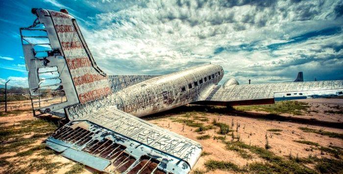 От транспортников до истребителей и космических кораблей - чего здесь только нет. /Фото: terra-z.com