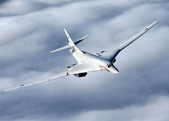 Самолет, настолько же впечатляющий, насколько и красивый. /Фото: nplus1.ru