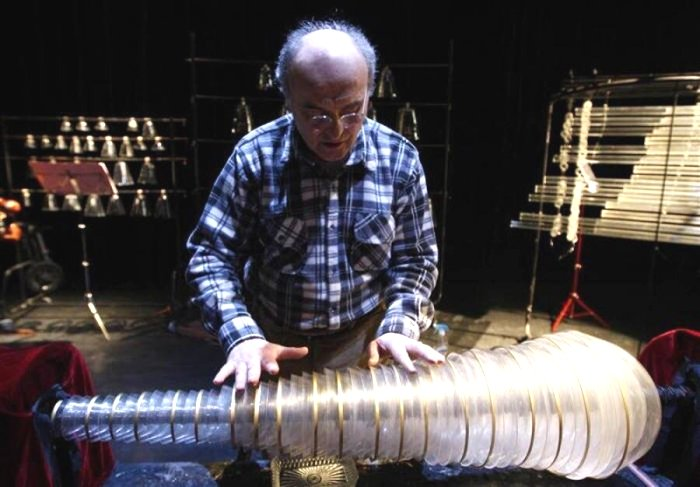 Уникальный инструмент находит своих музыкантов сегодня. /Фото: liveinternet.ru