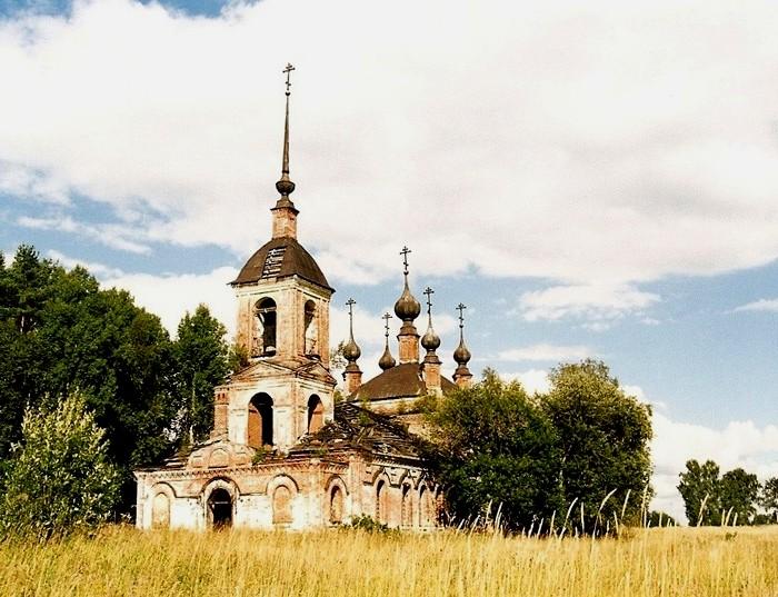Церковь Николая Чудотворца в Зубарево, 2005 год. /Фото: temples.ru