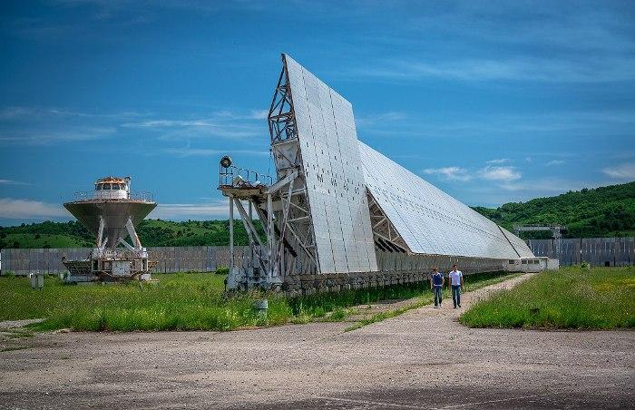 Оказывается, самый большой радиотелескоп находится в России. /Фото: livejournal.com
