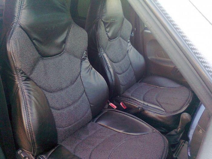 Крутые чехлы в машине - показатель статуса в 1990-е. /Фото: car-team.ru