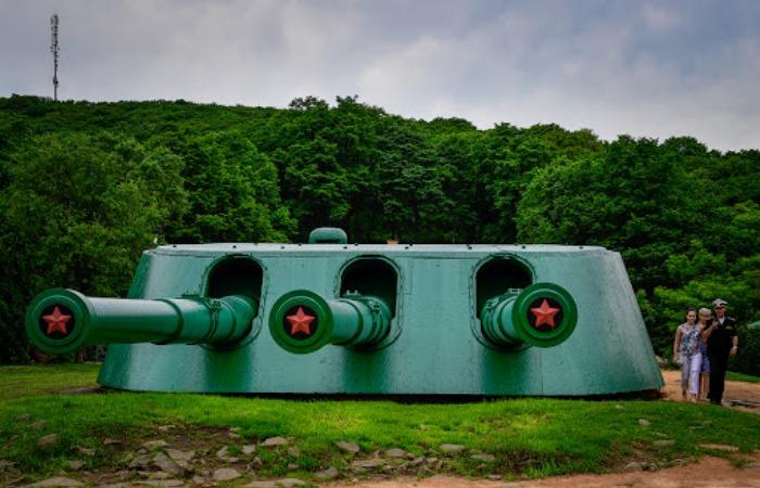 Японцы попросту опасались мощных орудий Ворошиловской батареи. /Фото: magspace.ru