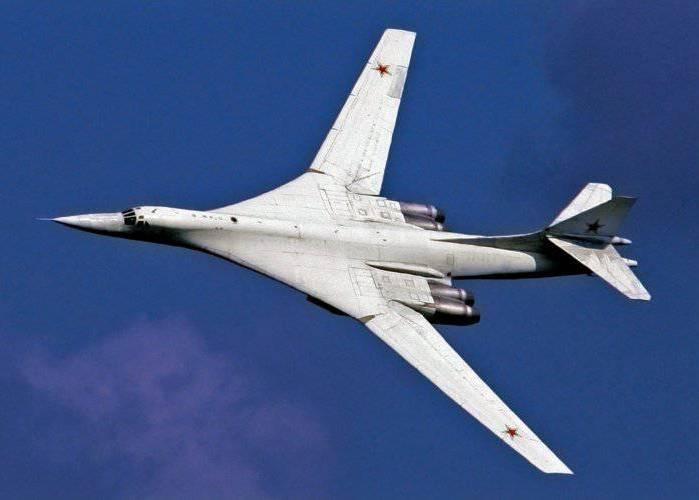 Ту-160 должен был стать платформой для создания нового лайнера. /Фото: topwar.ru