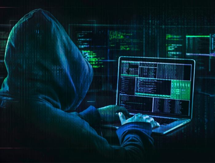Уж больно гениальных и быстрых хакеров в кино показывают. /Фото: computips.org