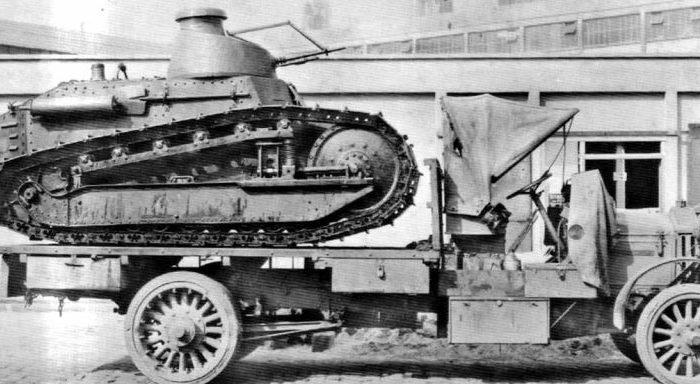 При всех достоинствах погрузка лёгкого танка была проблематичной. /Фото: alternathistory.com