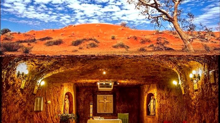 В центре Австралии слишком жарко, удобнее жить под землей. /Фото: youtube.com