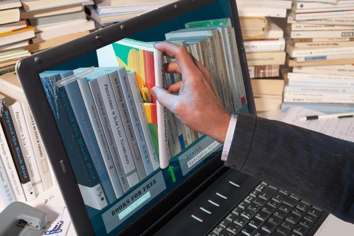 Миллионы книг в одном устройстве. /Фото: vistanews.ru