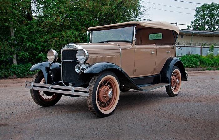 Как появился первый серийный автомобиль СССР